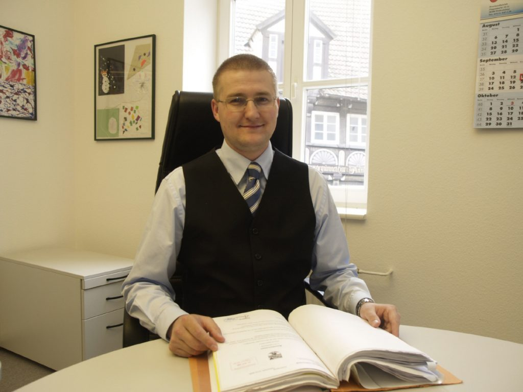 Rechtsanwalt Maik Hain in der Kanzlei